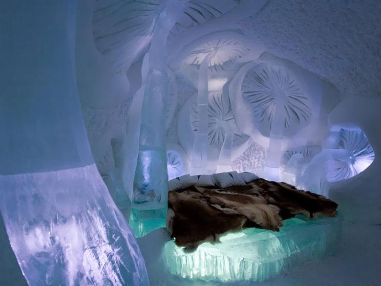 Ice-Hotel-in-Jukkasjarvi-Sweden-1