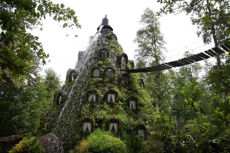 Montana-Magica-Lodge-Chile